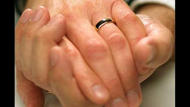 Indiana Couples File Lawsuit Challenging Same-Sex Marriage Ban