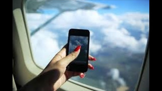 House Committee Votes to Ban Cell Phones on Planes