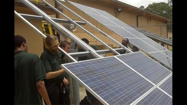 California solar jobs grew 8% in 2013