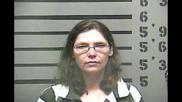 Madisonville Woman Charged With Theft