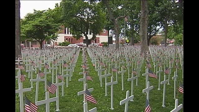 Crosses Fill Central Park to Honor Veterans