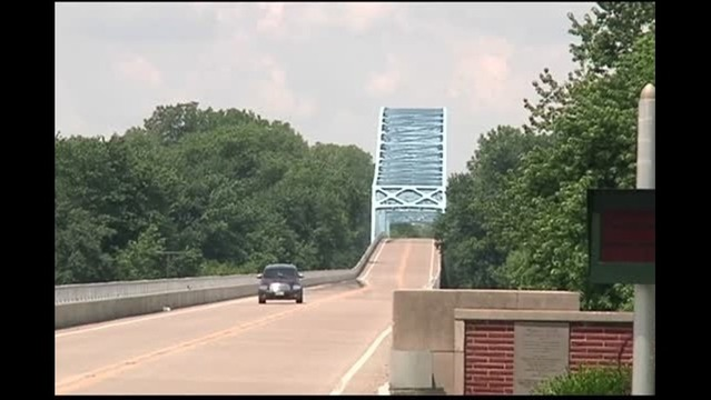 First Day of No Tolls on Wabash Memorial Bridge