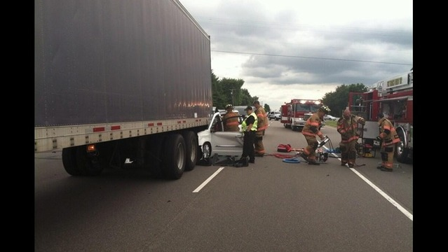 2 in Serious Condition After Crash on US 41 Near Ft. Branch