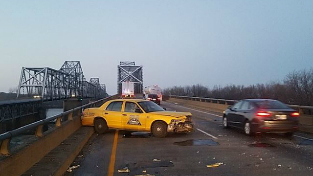 Southbound Twin Bridge Currently Closed as Result of Early-Morning Accident