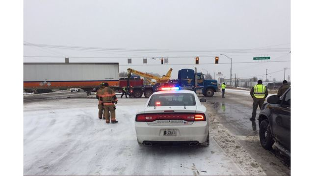 US 41 blocked at Warrenton in Gibson Co.