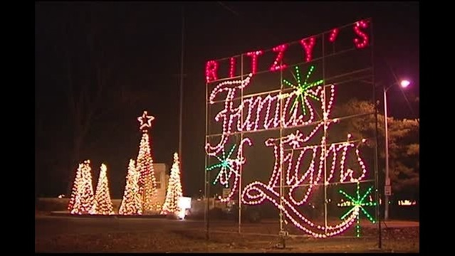 Sky Zone Returns to Ritzy's Fantasy of Lights With Free Jump Passes
