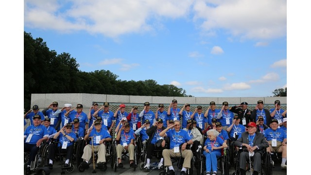 Sen. McConnell welcomes WWII veterans to Washington