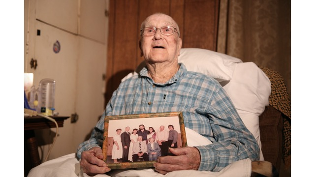 Owensboro WWII Veteran Turning 100 Family Asks For Birthday Cards