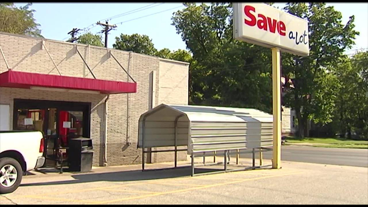 Henderson Save A Lot Closes